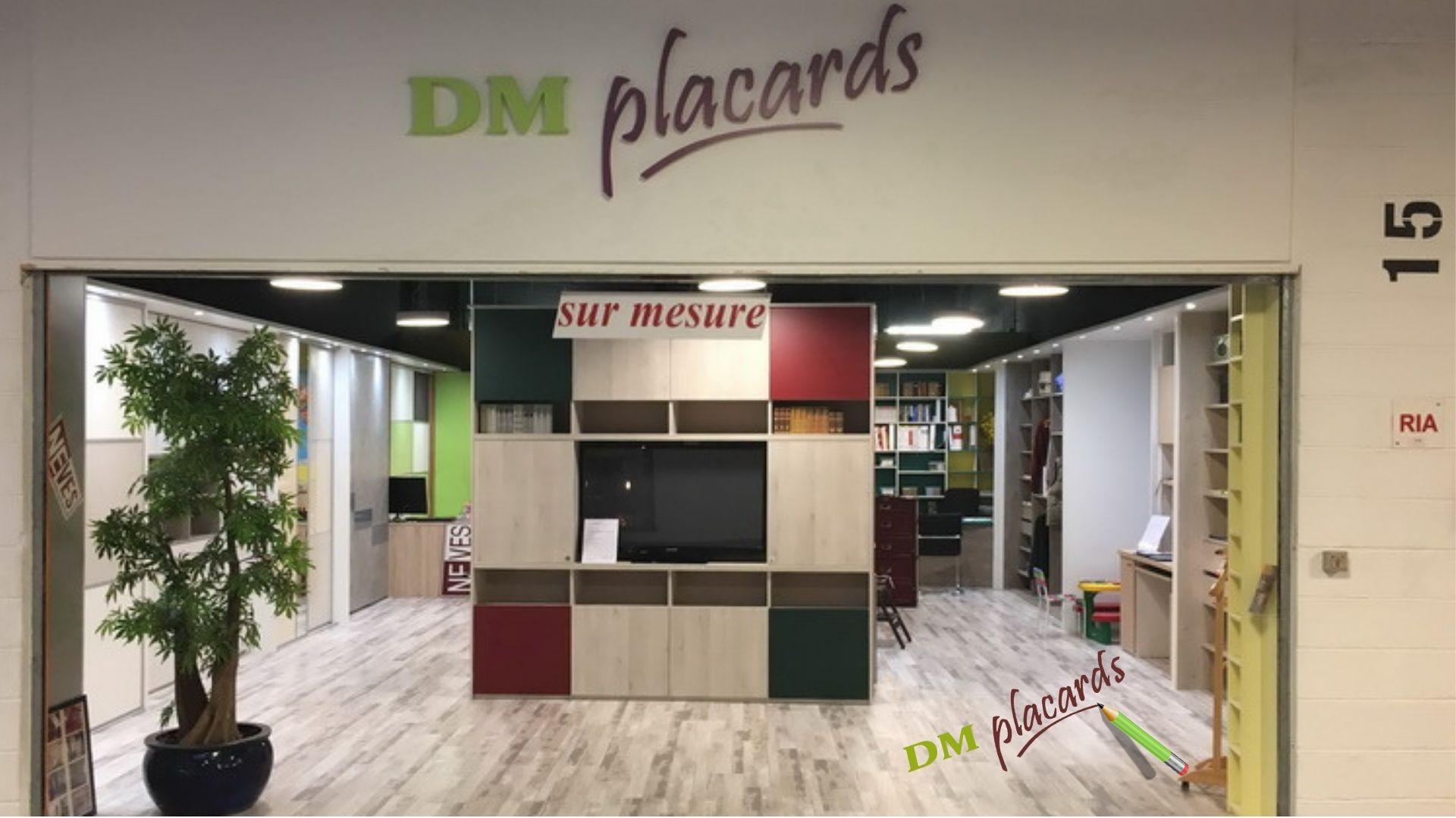 Placard, dressing, bibliothèque, sous-pente, commode, bureau, structure de lit, chevet, dessous d'escalier, portes coulissantes, portes ouvrantes, séparation de pièces.